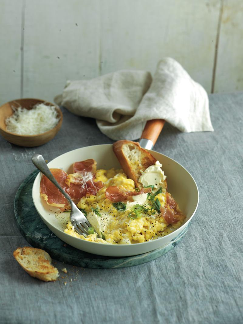 Mascarpone  scrambled eggs